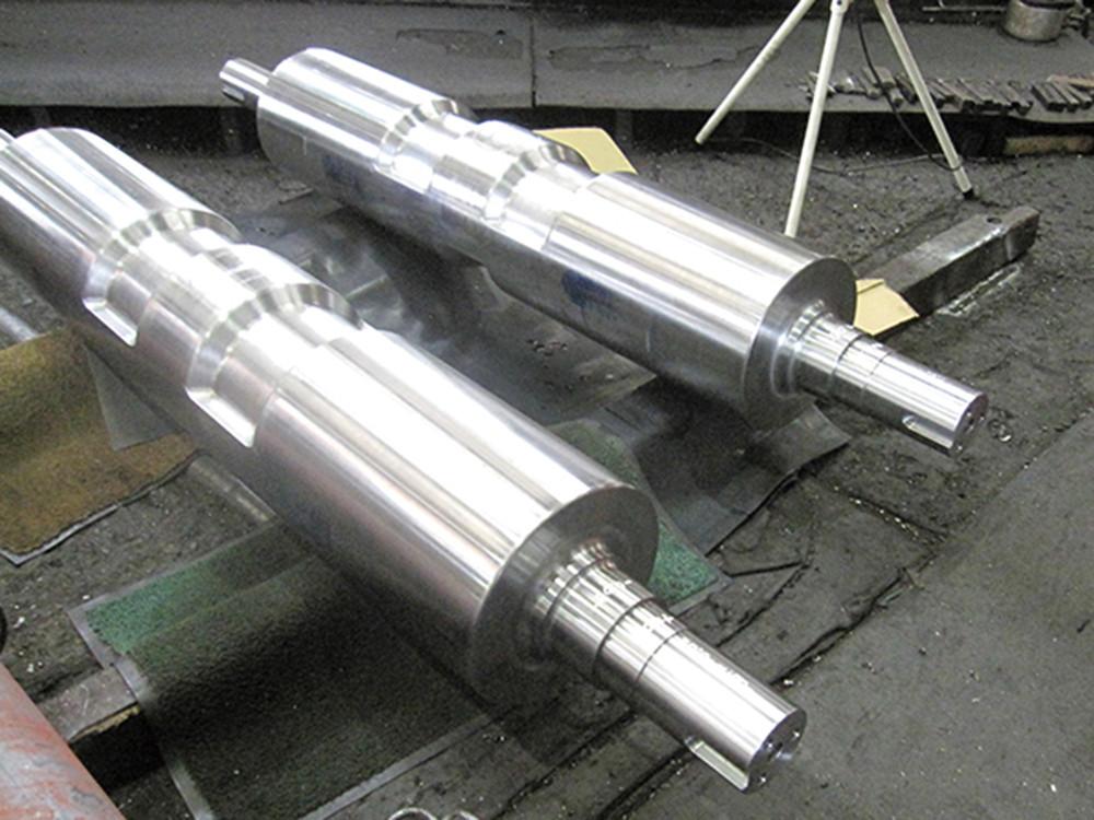 SCM435丸鋼からの削りだし(立体加工含む)